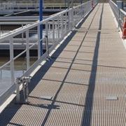 Structures PRV - Solution économique, légère et très résistante pour tout cheminement technique : escalier, passerelle, plate-forme, caillebotis, échelle...