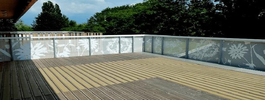 Revêtement Antidérapant, les solutions pour sécuriser vos sols, intérieurs ou extérieurs, en espace industriel, tertiaire, commercial, public ou résidentiel