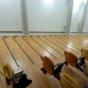 Sécurisation escaliers amphithéâtre par nez de marches antidérapants